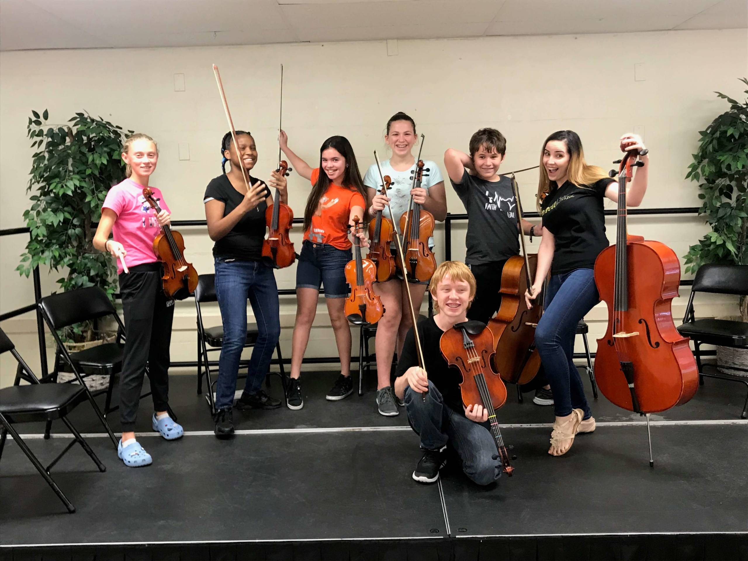 happy students attending a 2020 Tampa music summer camp
