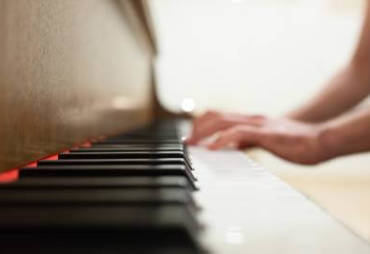 Fun Piano Classes in Tampa – Have you been wanting to learn a new instrument?